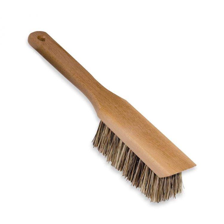 redecker-garden-brush-with-scraper-12787866402925_1140x